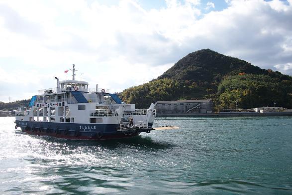 岩城島と因島を結ぶフェリー